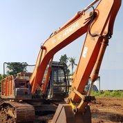 Unit Excavator Hitachi ZX210F Tahun 2015 (27348755) di Kota Jakarta Timur