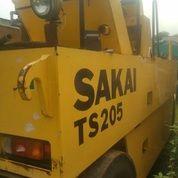 Unit Tire Roller Sakai Model TS200 (27357999) di Kota Jakarta Timur