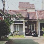 Rumah Di Beji, Minimalis 2Lt, Semi Furn, Cluster Executive Di Tanah Baru (27364971) di Kota Depok