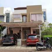 Rumah Cantik Hunian Nyaman Dan Hoek Di Cluster Zebrina Jakarta Garden City (27371807) di Kota Jakarta Timur