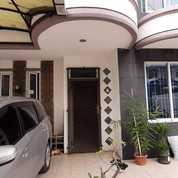Rumah Dekat MALL AEON RS STASIUN Di Taman Modern (27390543) di Kota Jakarta Timur