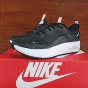 Sepatu Nike Air Max Dia SE Black White (27403819) di Kota Bandung