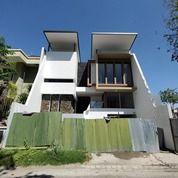 Rumah San Diego 2,5 Lantai NEW GRESS Carport + Garasi (27444179) di Kota Surabaya