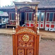 Mimbar Masjid Khutbah Podium Kaligrafi Arab Mewah 01010 (27597319) di Kota Jakarta Barat