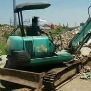 Excavator Merek Komatsu Model PC40MR (27654227) di Kota Jakarta Timur