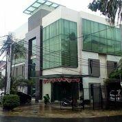 Ruko Di Radio Dalam, 3Lt, Hoek, Lok. Strategis Di Gandaria Utara (27691367) di Kota Jakarta Selatan