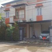 Rumah 2 Lantai Hadap Barat Di Kavling Duren Sawit (27855211) di Kota Jakarta Timur