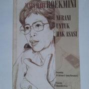 Buku Roekmini Koesoemo Astoeti: Nurani Untuk Hak Asasi (2785587) di Kab. Ngawi