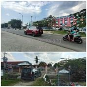 Rumah Besar Pinggir Jalan Sembilang (27857555) di Kota Pekanbaru