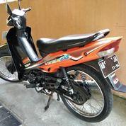 Motor Bekas Yamaha VEGA R 2005 Orange Hitam Lengkap Original (27930747) di Kota Yogyakarta