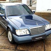 Mercedes Benz E320 Boxer 1994 Biru Metalik (27949075) di Kota Jakarta Timur