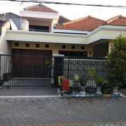 Rumah Terawat Siap Huni 1,5 Lantai Lokasi Strategis Rewwin Waru (27985671) di Kab. Sidoarjo