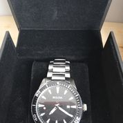 Jam Bulova 98B328 Series Stainless Black Dial Quartz (28023767) di Pondok Aren