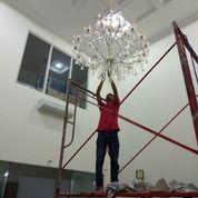 JASA PEMASANGAN, SERVICE, CUCI LAMPU HIAS KRISTAL DEPOK (28098279) di Kota Jakarta Selatan