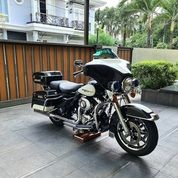 HARLEY DAVIDSON Electra Police Th 2013 Wana White Black (Panda) (28314775) di Kota Jakarta Selatan