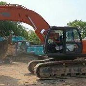 Excavator Hitachi ZX350LC Tahun 2018 (28410523) di Kota Jakarta Timur