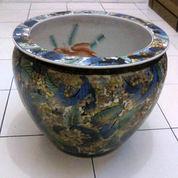 Guci Keramik Cina Motif Ornamen Daun. (2843763) di Kota Jakarta Selatan