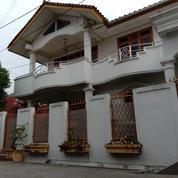 Rumah 2 Lantai Bagus Ada Meja, Sofa, Lampu Hias Di Pondok Pekayon Indah (28494291) di Kota Bekasi