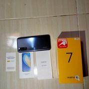 Smartphone Realme 7 Kondisi Bagus, 2minggu Pemakaian (28543555) di Kota Padang
