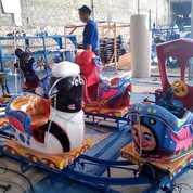 Kereta Panggung Oval Kartun (28638699) di Kota Cirebon