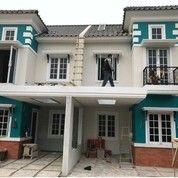 Rumah Baru Di Tanah Baru, Beji, Depok Harga 1,3M (28711471) di Kota Depok