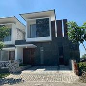 BARU GRESS Rumah Royal Resudence DEPAN Danau ROW 3Mobil (28716387) di Kota Surabaya