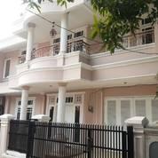 Rumah 2 Lt Megah Di Penggilingan Jakarta Timur (28723611) di Kota Jakarta Timur