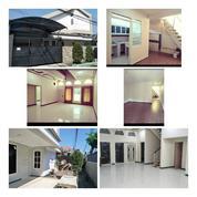 Rumah Renovasi Jl. Petemon Strategis Tengah Kota (28748751) di Kota Surabaya