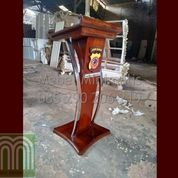 Mimbar Kayu Jati Desain Furniture Modern Atau Podium Kayu Jati Kombinasi Stainless Steel Mebel News (28818143) di Kab. Indramayu