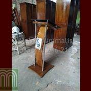 Mimbar Gereja Kaca Produk Pilihan Dari Kami Atau Podium Gereja Kombinasi Kaca Dan Stainless Steel (28818295) di Kab. Bekasi