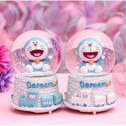 Bola Kristal Doraemon Snowball Kotak Musik Bola Kristal +Salju +Lampu (28881007) di Kota Jakarta Utara