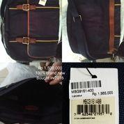 Fossil Messenger Bag (28885275) di Kota Depok