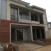 Rumah 2 Lantai Cocok Untuk Hunian Warga Jakarta (29011338) di Kota Tangerang Selatan