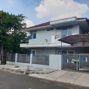 Rumah Hoek SEMI FURNISH Idaman Sekali Di Taman Modern (29014578) di Kota Jakarta Timur