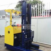 Forklift Komatsu Listrik Reach Truck 1.8 Ton Import (29020377) di Kota Jakarta Utara
