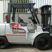 Forklift Nissan Diesel Jepang 4 Ton 1250 Mm Garpu (29069203) di Kota Jakarta Utara