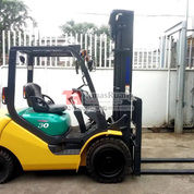 Forklift Komatsu 3 Ton Seri 16 Bekas Merek Komatsu 4000 Mm Lift (29098791) di Kota Jakarta Utara