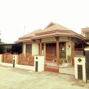 Rumah 2 Lantai Lokasi Sangat Strategis Di Kota Padang (29207468) di Kota Padang