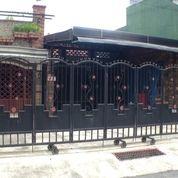 Rumah Bekas Warung Dekat Sekolah Waing Borobudur Kota Malang (29292362) di Kota Malang