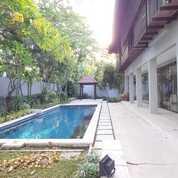 RUMAH DI ISEN INTERNATIONAL LIVING MEWAH SIAP HUNI (29400508) di Kota Surabaya