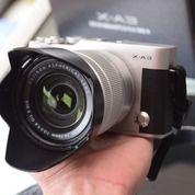 Kamera Mirrorless FujiFilm X-A3 + Lensa Kit 16-50mm ( Fullset Lengkap Box + Nota Pembelian ) (29405152) di Kota Malang