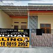 Rumah Baru Direnovasi Total Di Harapan Indah, Bekasi LOKASI DEPAN (29417274) di Kota Bekasi