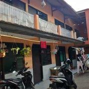Kontrakan 10 Pintu Pasar Cibinong Depok Bangunan 2 Lantai (29465994) di Kota Depok