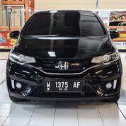 Mobil Bekas Honda Jazz RS Full Black Top Limited Edition AT 2015 (29546215) di Kota Surabaya