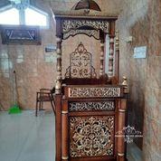 Mimbar Khutbah Masjid (29588851) di Kota Jakarta Timur