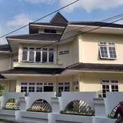 Rumah Hook Asri & Nyaman Di Perumahan Eksklusif Condong Catur, Yogyakarta (29667008) di Kota Jakarta Barat