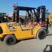 Caterpillar Forklift 5 Ton Diesel Second (29789874) di Kota Jakarta Utara