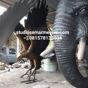 Patung Burung Rajawali Resin (29815577) di Kota Magelang