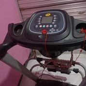 Treadmill Elektrik Merk Bfit (29865686) di Driyorejo