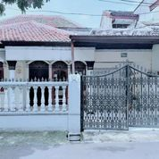 Rumah Lama & Siap Huni Di Sumur Batu! Masuk Komplek Bos! (29866831) di Kota Jakarta Pusat